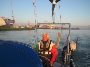 Noordzeekanaal in de vroege ochtendzon